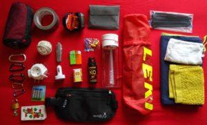 Taschenmesser, Wanderstöcke, Adapter & Co.