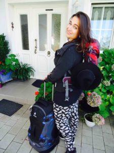 Kathi mit Deuter Rucksack 22l & Helion 60l
