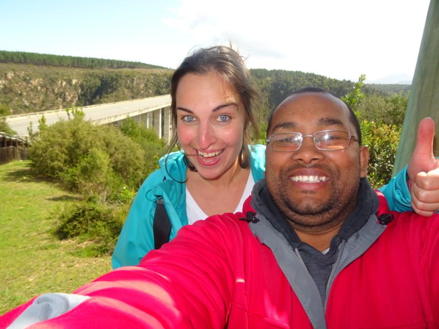 Kathi mit Robin nach dem Sprung