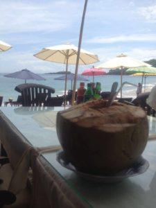 Balinesisches Kokoswasser