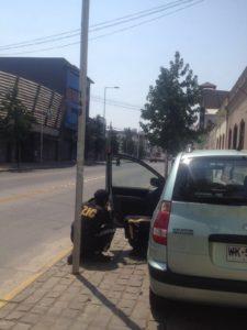 Alarm-Check am chilenischen Straßenrand