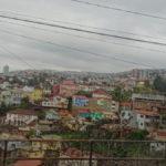 Blick über einen Hügel von Valpo