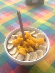 Acai mit Banane und Mango